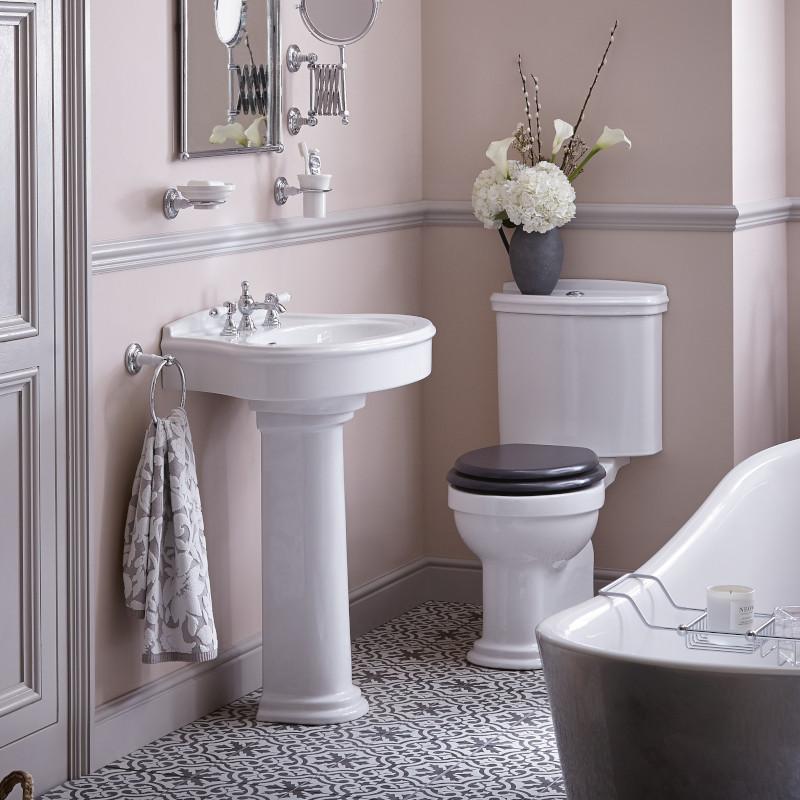 Claverton gammaldags badrumsporslin