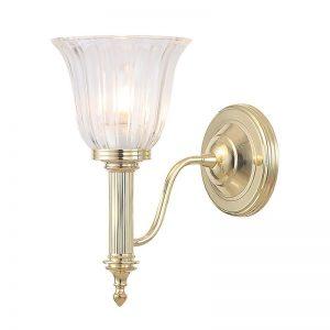 Deepdale/A badrumslampa, en ljuskälla